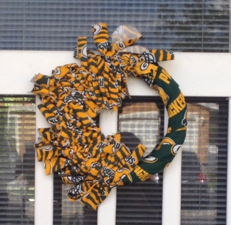 Football team wreath repeat crafter me - My Take Sports Team Wreath What A World